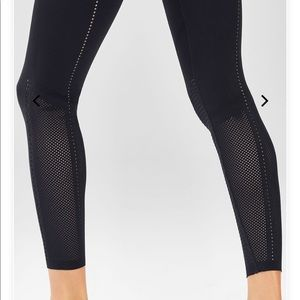 Fabletics High-Waisted Sculptknit Openwork 7/8